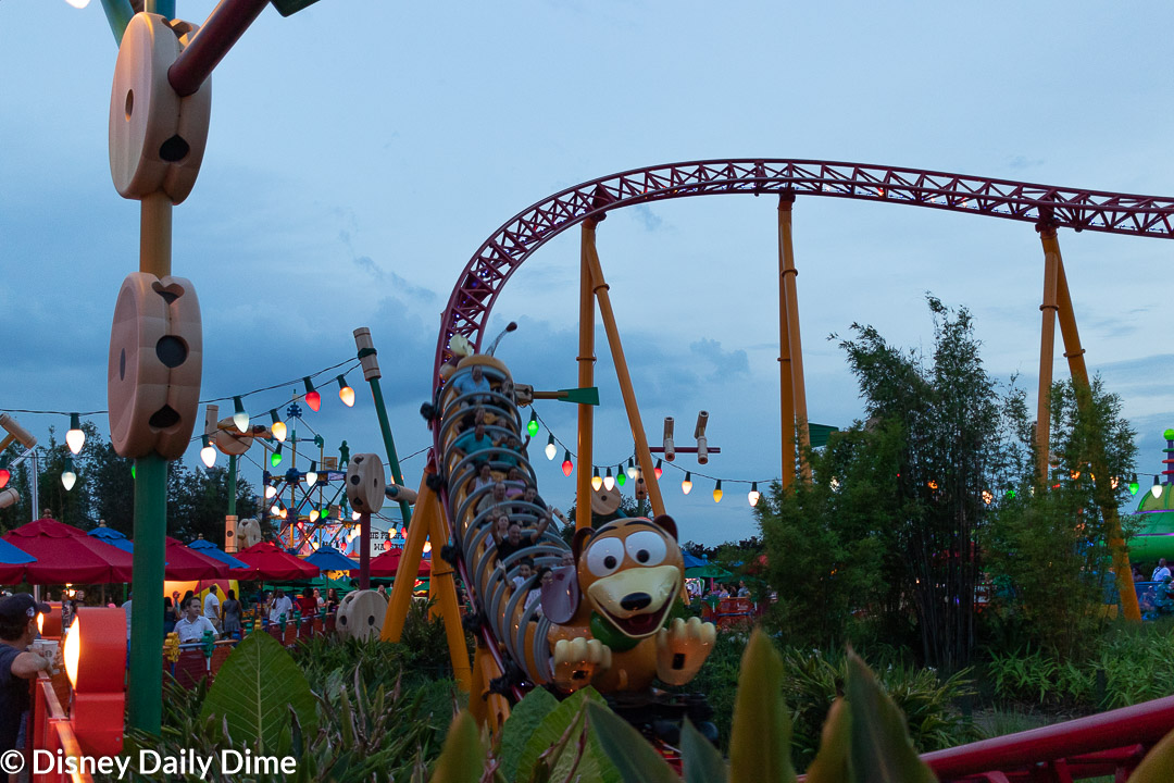How to Get into the Disney World Parks Early | Disney Daily Dime
