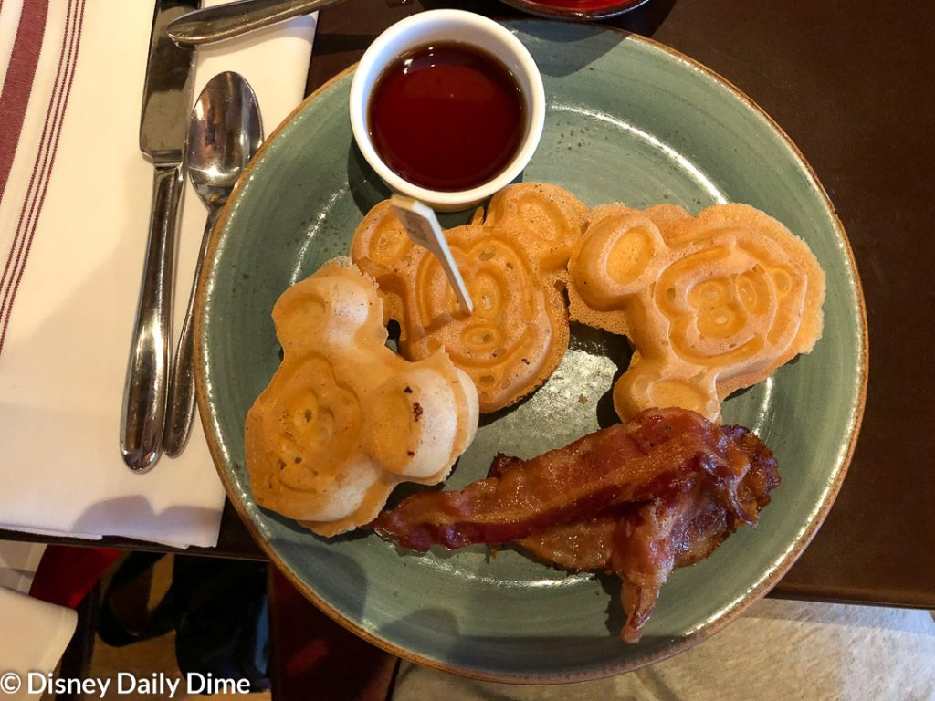 Picture of the gluten free Mickey waffles at the Bon Voyage Adventure breakfast at Trattoria al Forno.