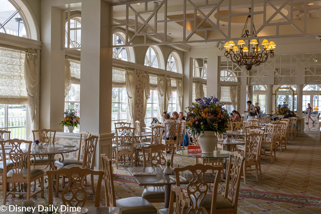 Here in our Grand Floridian Café Review we'll tell you all about our dining experience here.