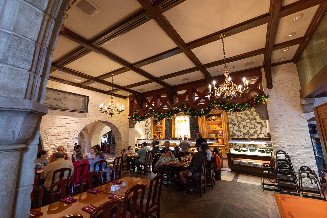 When it comes to our Akershus breakfast review, I think we would prefer to sit in one of these side seating areas.