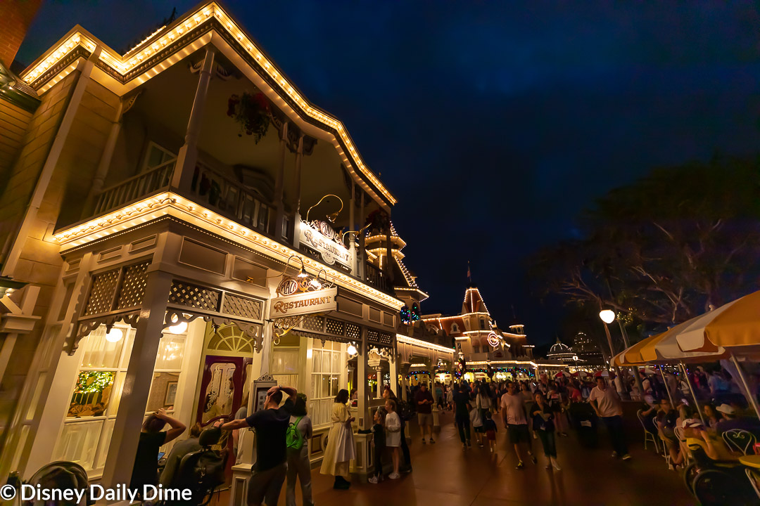 Here in our Plaza Restaurant at Disney World review, we review the dinner we had there.